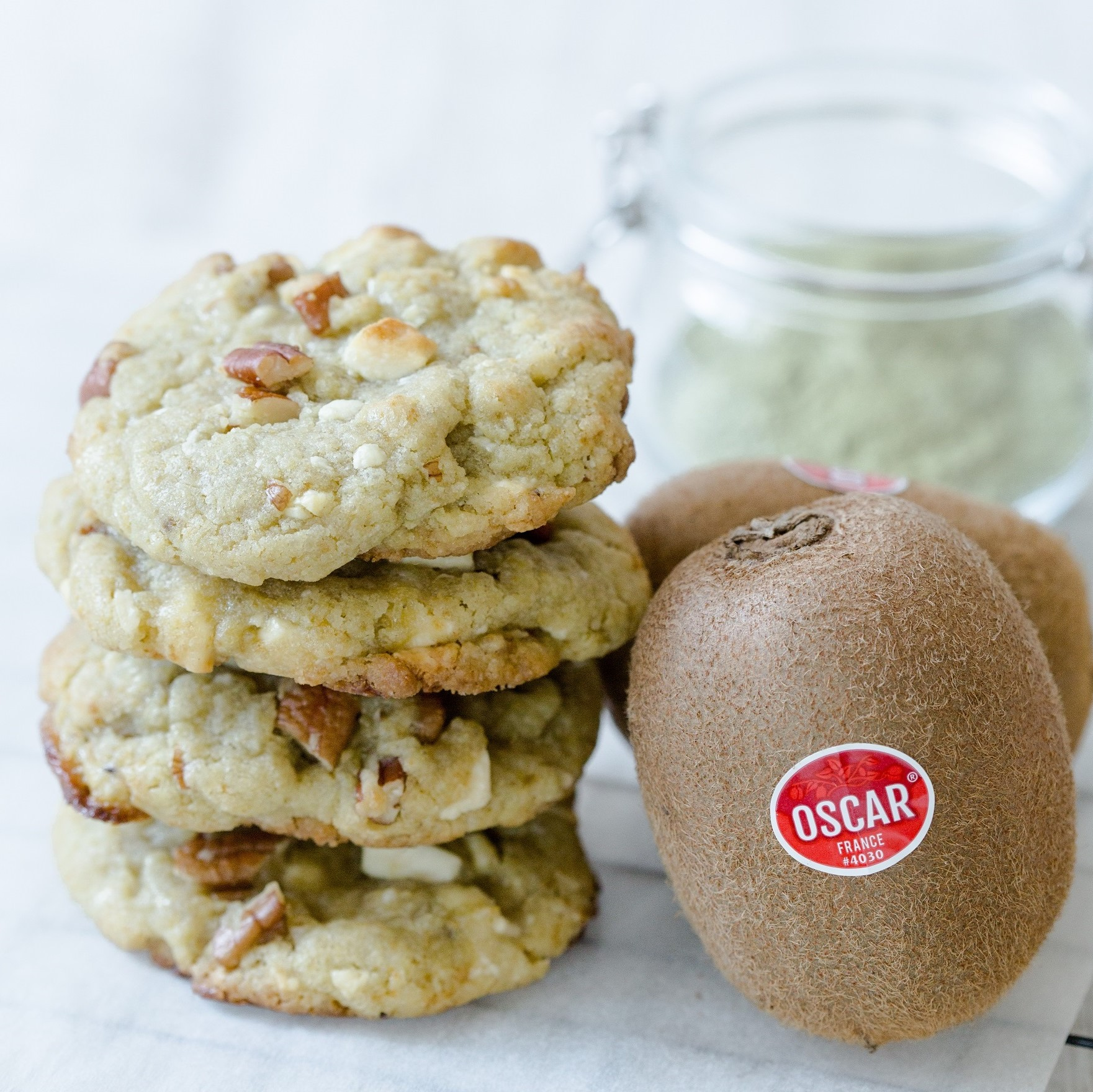 Matcha cookies with Oscar® kiwi fruits