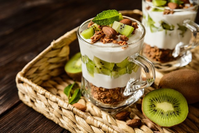 2 Recipes to start the day off right with Oscar® Kiwi!