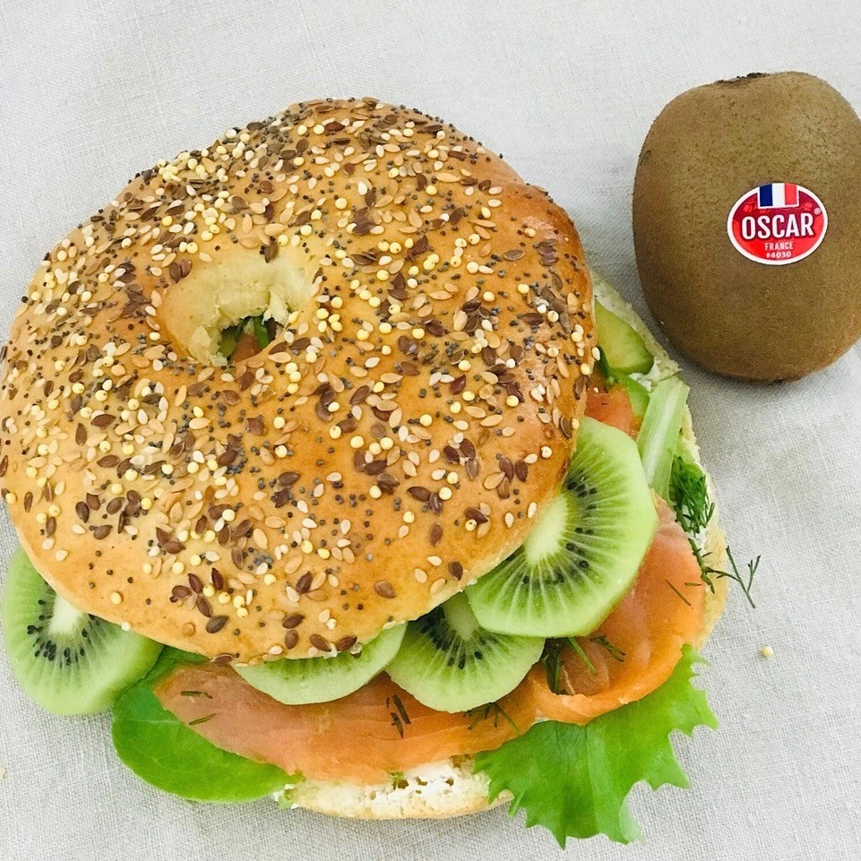 Kiwi fruits and Smoked Salmon Bagels