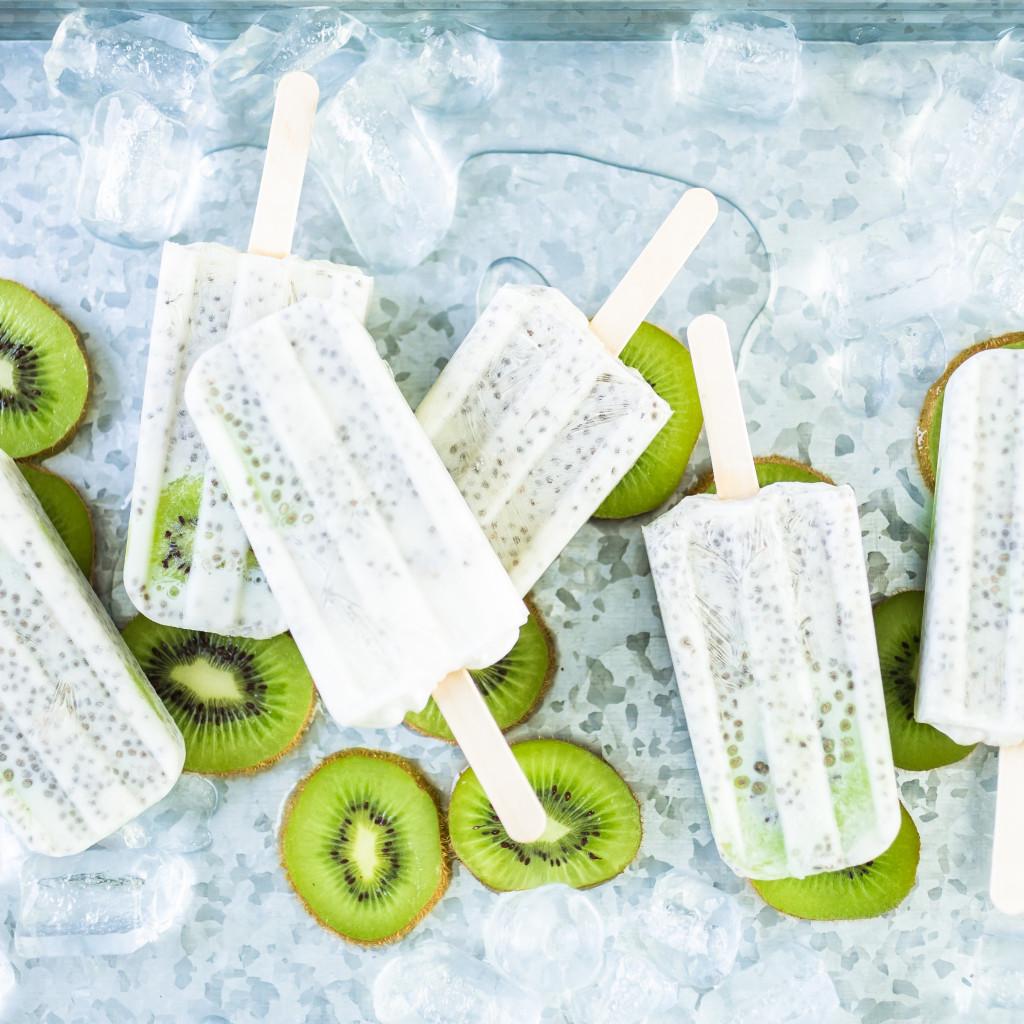 Oscar® kiwi, coconut, chia seeds ice cream