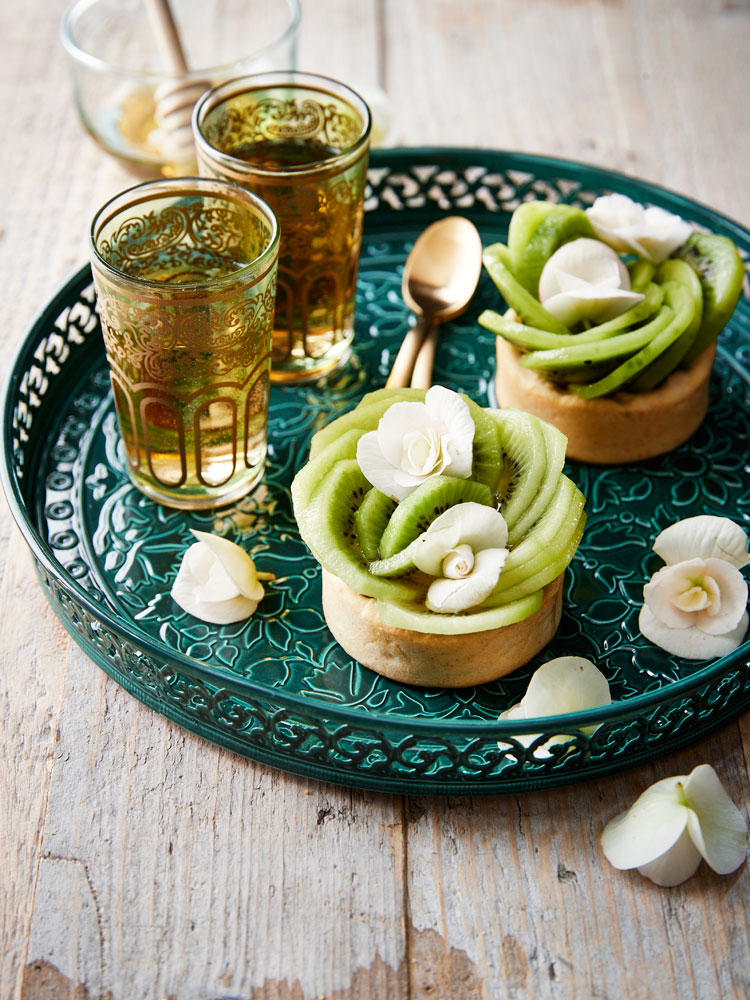 Pistachio and Oscar® kiwi tartlets
