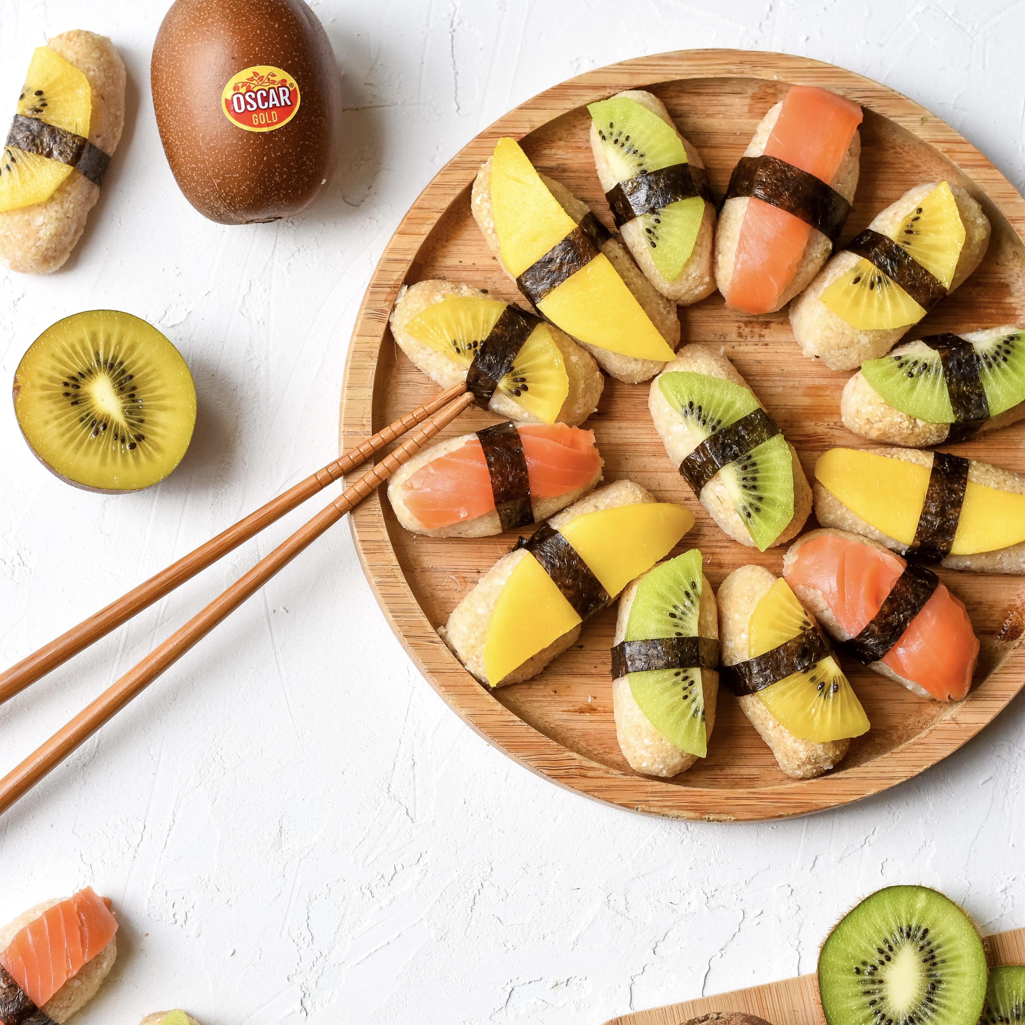 Cauliflower sushi with Oscar kiwi, mango and trout