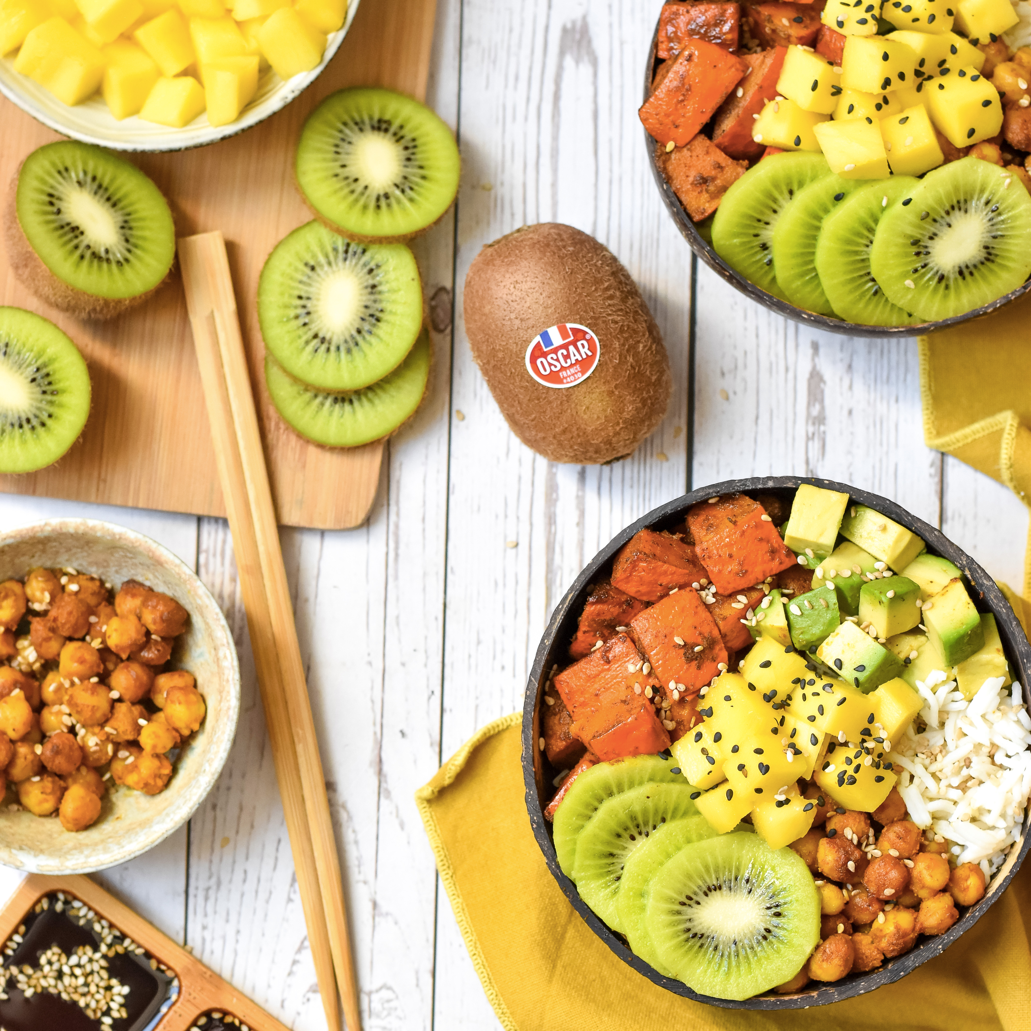 Vegetarian Buddha bowl with kiwi and pumpkin